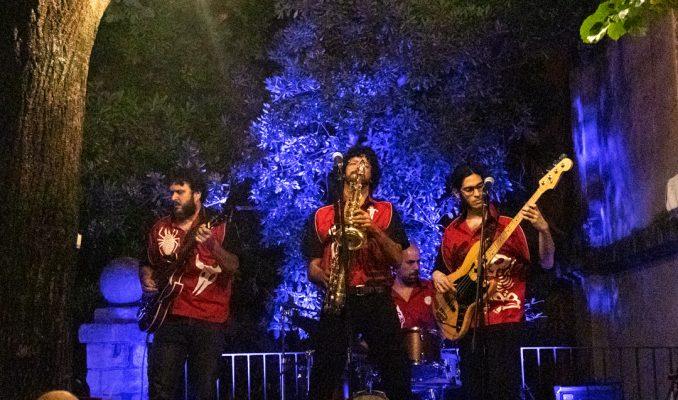 Los Bongo Beat tanquen el festival de música a la fresca '20